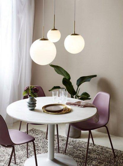 Lampa wisząca Grant 15 nad stolik kawowy w salonie