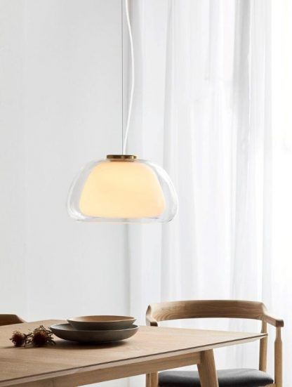 Lampa wisząca Jelly nad stół w stylowej jadalni