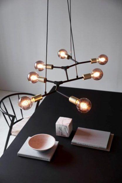 Lampa Josefine - industrialna nad stół w jadalni
