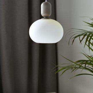 Lampa wisząca Notti nad szafkę w sypialni