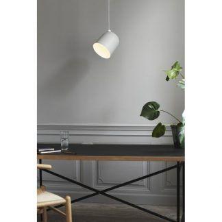 Lampa wisząca Angle nad stół w jadalni