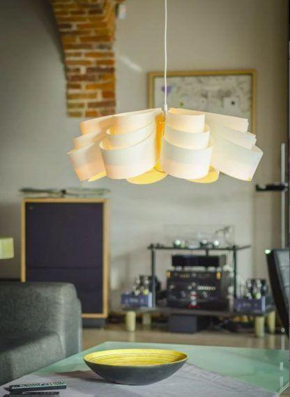 Lampa wisząca Fiora 70 do przestronnego salonu