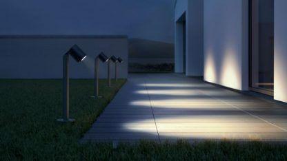 nowoczesne oświetlenie podjazdu