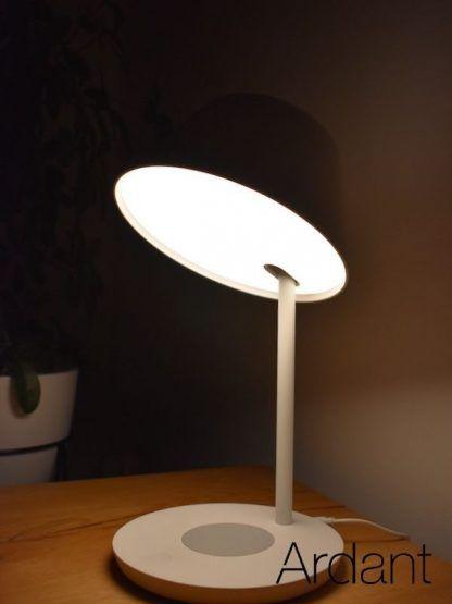 ledowa lampa z ładowarką