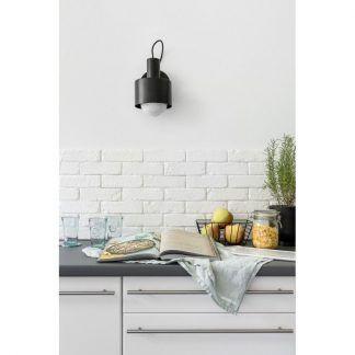 Kinkiet Enkel jako doświetlenie kuchni