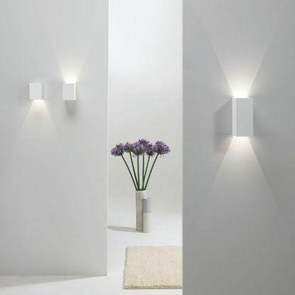 Kinkiet Parma 100 LED jako doświetlenie salonu