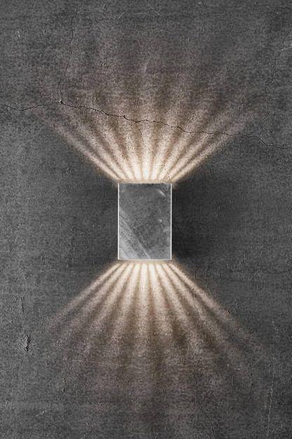 Kinkiet zewnętrzny Fold 15 do oświetlenia wejścia