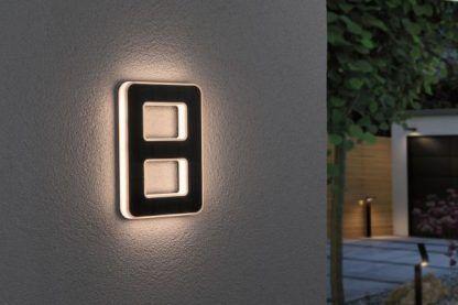 Kinkiet zewnętrzny jako numer domu - nr 8