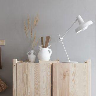 Lampa biurkowa Arigato do pokoju nastolatka
