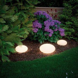 Lampa ogrodowa Stone jako doświetlenie ścieżki