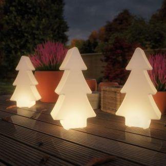 Lampa ogrodowa Tree jako ozdoba tarasu