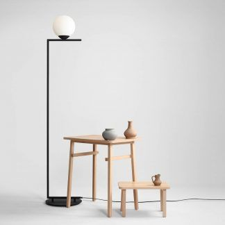 Lampa podłogowa Zac do stylowej sypialni