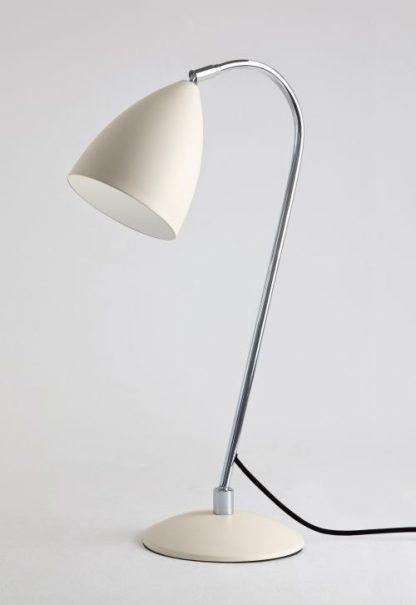 Lampa stołowa Joel na biurko w pokoju nastolatka