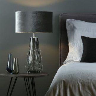 Lampa stołowa Vezzano na szafkę w sypialni