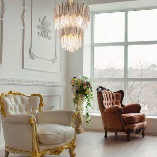 Lampa Vogue do wysokiego salonu w kamieniczce