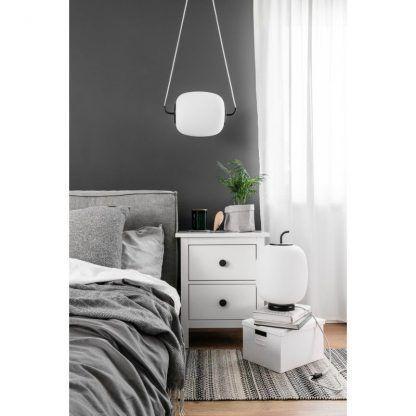 aranżacja - Lampa wisząca Epli nad szafkę nocną w sypialni