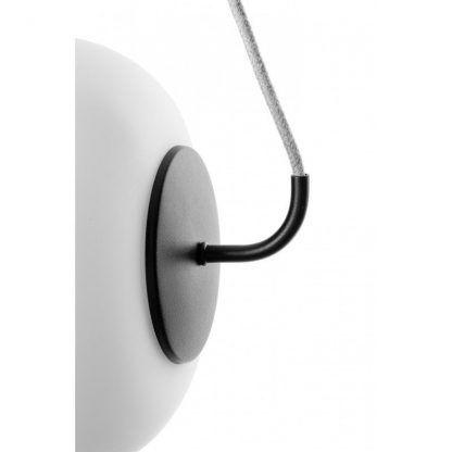 mocowanie - Lampa wisząca Epli nad szafkę nocną w sypialni