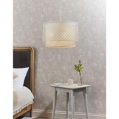 Lampa wisząca Gilli do subtelnej sypialni