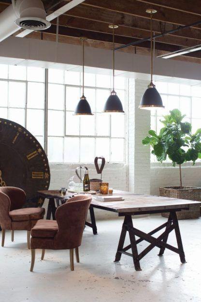 Lampa wisząca Hamilton nad drewniany blat kuchenny