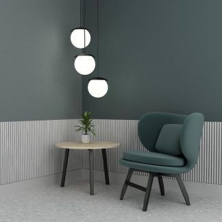Lampa wisząca Kuul F nad stolik w salonie