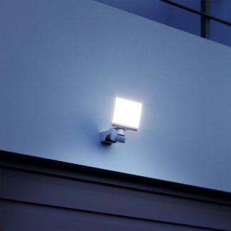 Naświetlacz XLED Home 2XL G do oświetlenia podjazdu