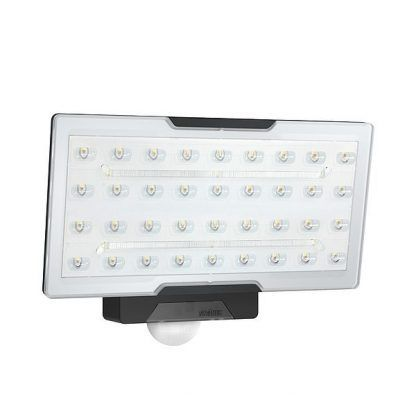 Naświetlacz XLED PRO WIDE C do oświetlenia działki