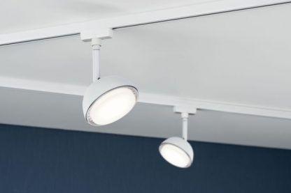 Reflektor sufitowy Hemi do salonu z aneksem