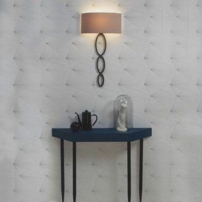 Stylowy kinkiet Valbonne jako dekoracja salonu